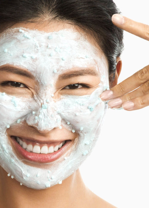 Image of a lady with the Hydro Masque Exfoliant on her face
